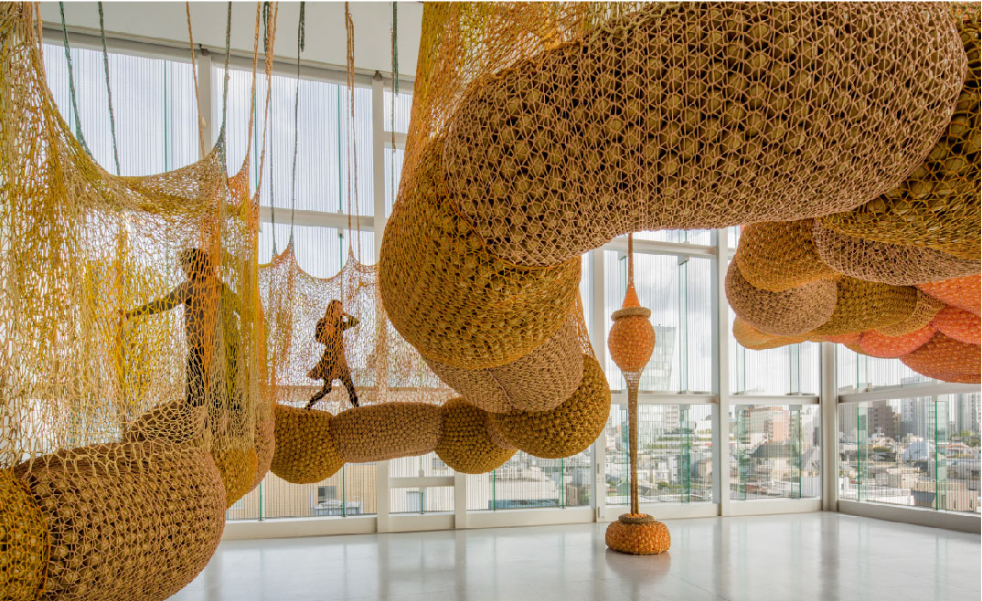 <p><strong>Ernesto Neto: <em>Sunforceoceanlife</em>&nbsp;</strong></p>